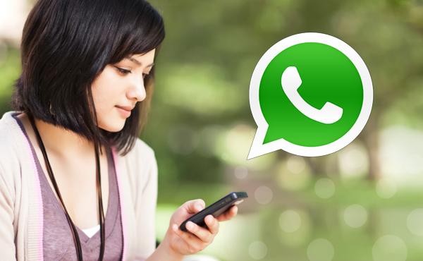 curiozzzo.com-whatsapp-vicia-voce-amigos-foto-mulher-celular-1