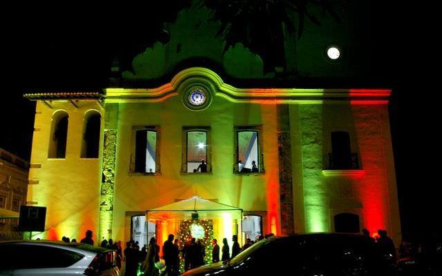 curiozzzo-igrejas-mais-bonitas-natal-a-noite-antiga-catedral-natal-cidadealta-011