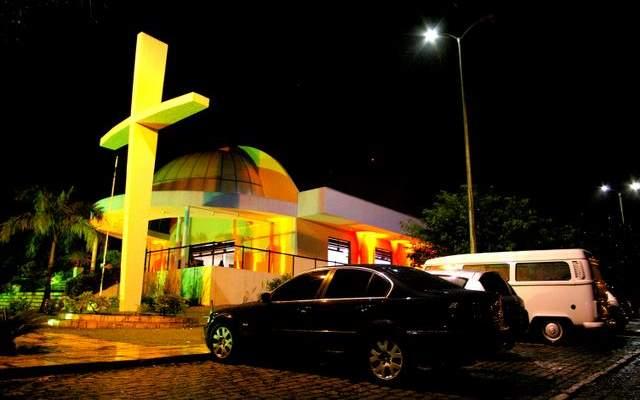 curiozzzo-igrejas-mais-bonitas-natal-a-noite-igreja-de-santana-capimmacio-007