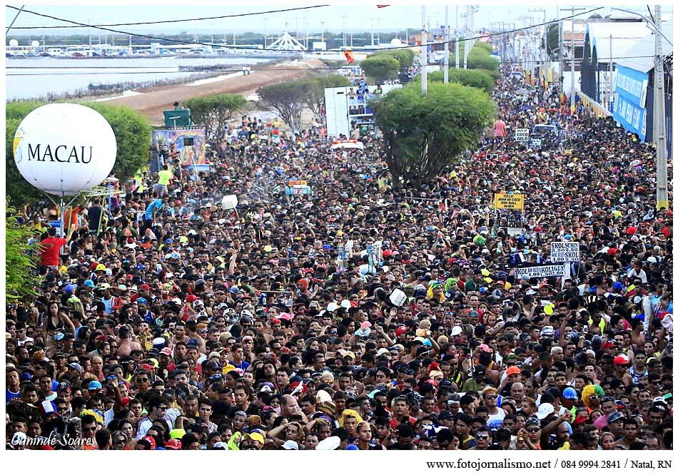 carnaval-arrasta-200-mil-pessoas-macau