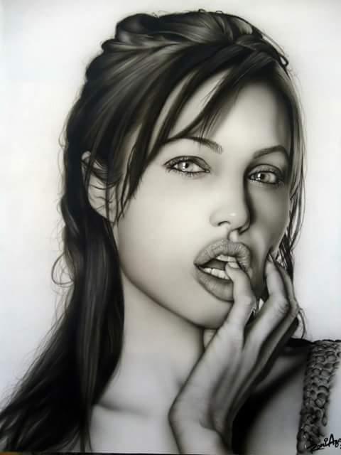 curiozzzo.com-12-caricaturas-artista-do-RN-vc-impressionar-hj-AngelinaJolie