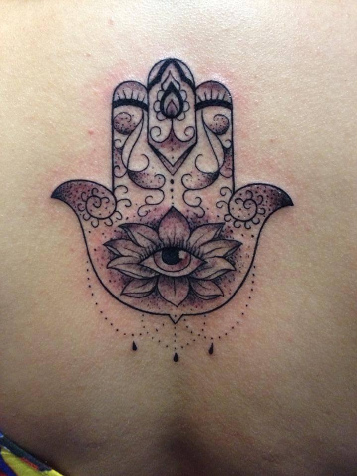curiozzzo.com-post-tattoo-tatuagem-natal-tattoo-brasil-por-alessandro-cezar-73-