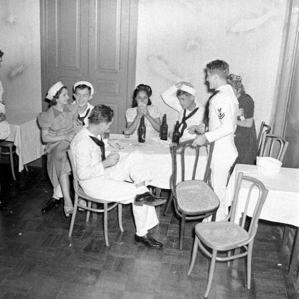 post-coisas-vida-boemia-Natal-anos-40-marinheiros-americanos-cabare-ribeira