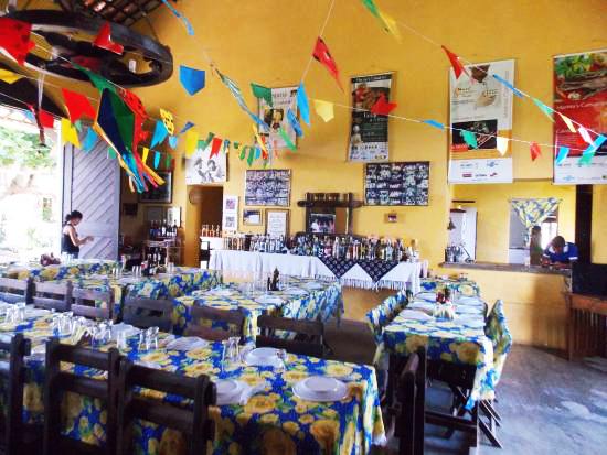 post-estacao-de-trem-restaurante-marinas-camaroes