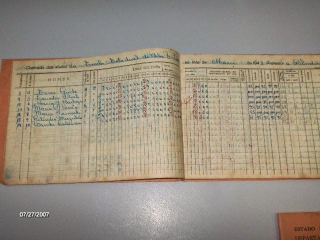 post-curiosidades-colegio-escola-atheneu-ateneu-livro-matriculas-registro