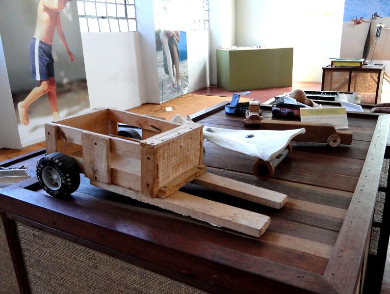 post-brinquedos-rn-carrinho-madeira