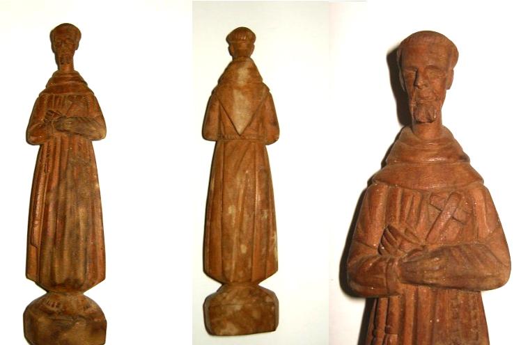 post-itens-antigos-a-venda-internet-estatua-madeira-imagem-sao-francisco