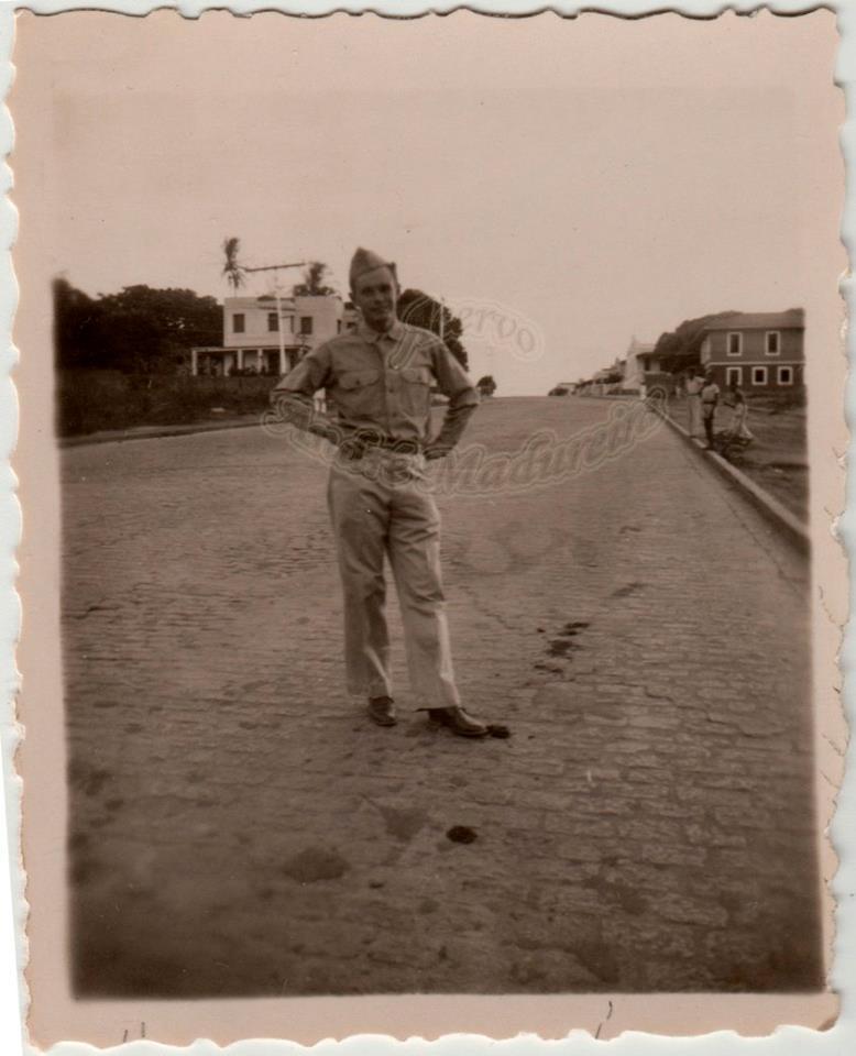 post-fotos-2a-guerra-com-explicacoes-soldado-americano-rua