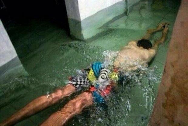 meme-calor-nadando-agua