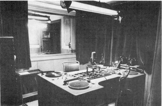post-historia-radio-rn-radio-estudio-mesa